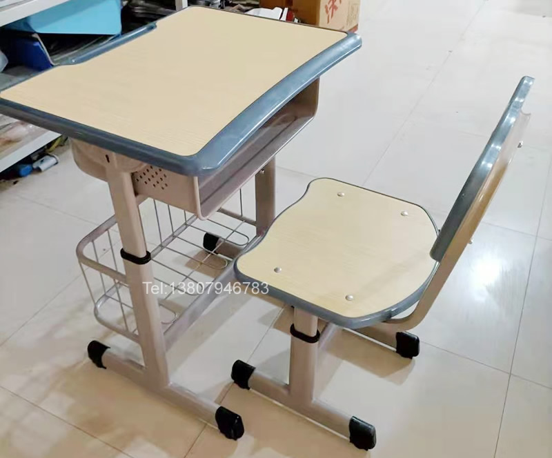 校具课桌椅