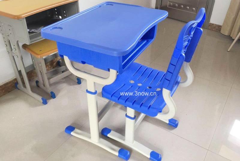 塑钢课桌椅