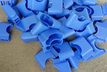 学生课桌椅塑料脚套多少钱一个?